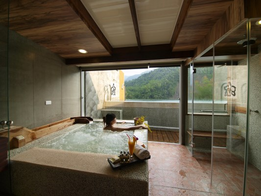 Indoor hot spring